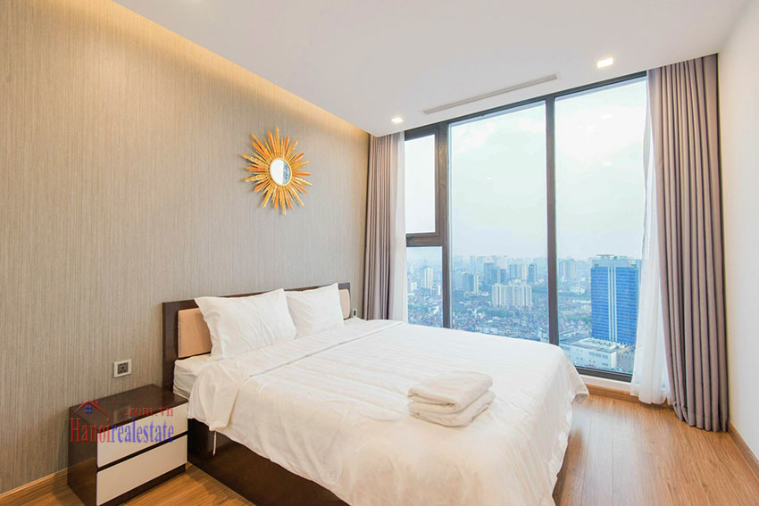 Spectacular city view 03 bedroom apartment in Vinhomes Metropolis 14