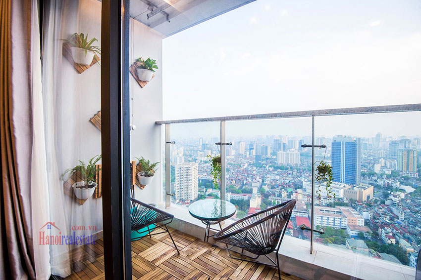 Spectacular city view 03 bedroom apartment in Vinhomes Metropolis 3