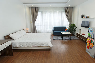 Splendid studio apartment on Tran Quoc Hoan St, bright and airy