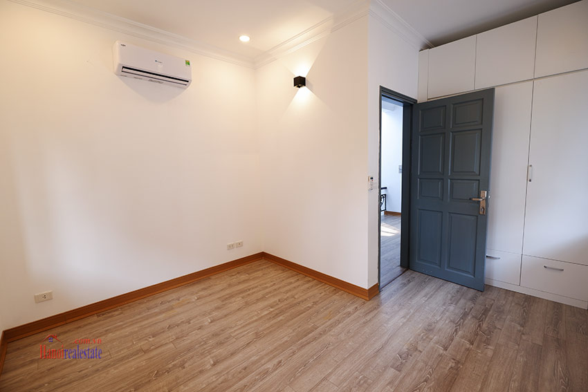 Stunning 05BRs house for rent in D4 Ciputra, fully renovated 26