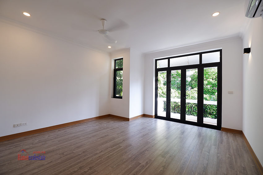 Stunning 05BRs house for rent in D4 Ciputra, fully renovated 8