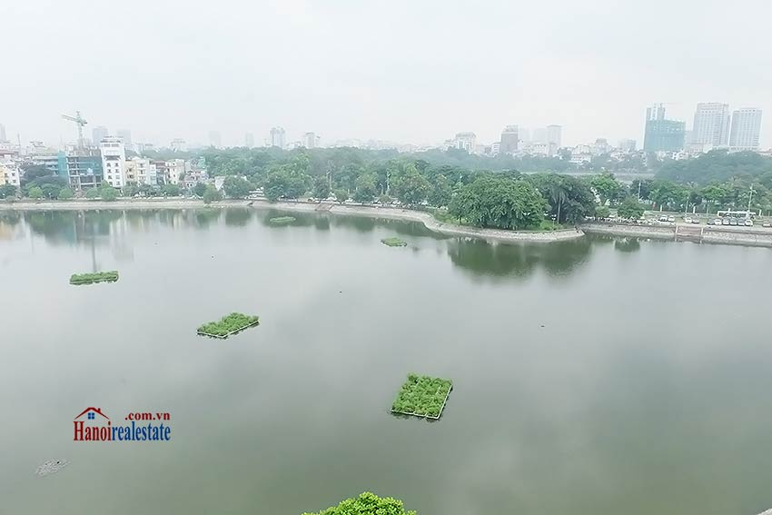 Stunning lake view 02BRs apartment to let in Ho Ba Mau near French hospital 4