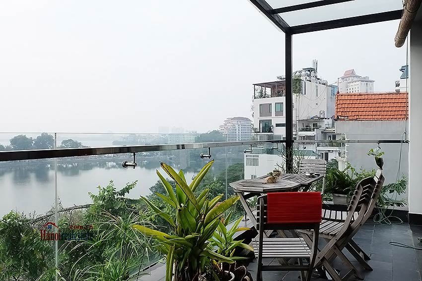 Stunning lake view, awesome 03BRs penthouse to rent in Truc Bach, big balconies 1