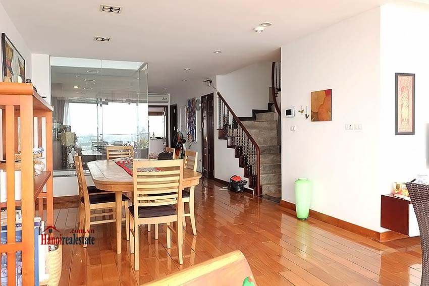 Stunning lake view, awesome 03BRs penthouse to rent in Truc Bach, big balconies 12