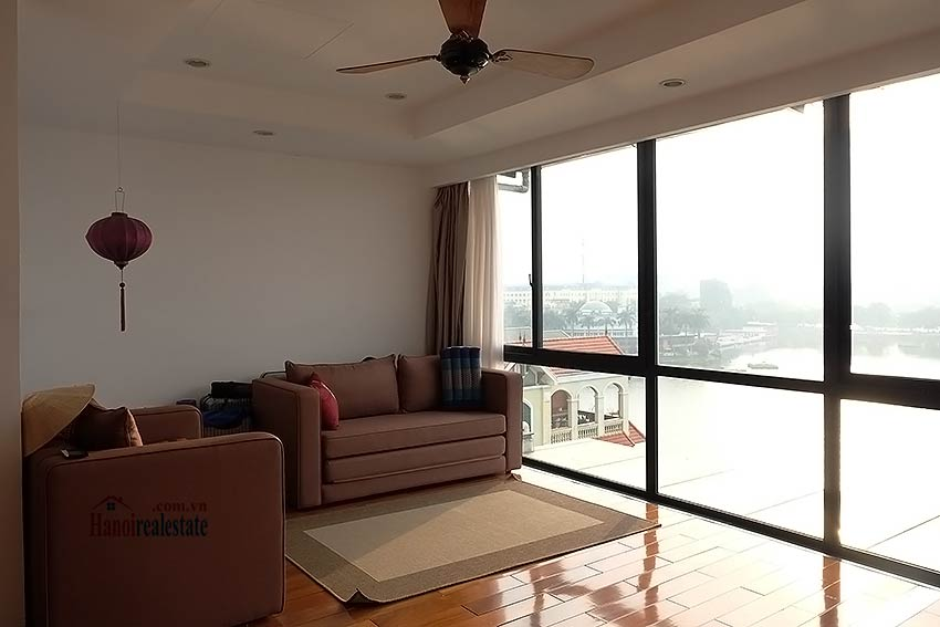 Stunning lake view, awesome 03BRs penthouse to rent in Truc Bach, big balconies 25