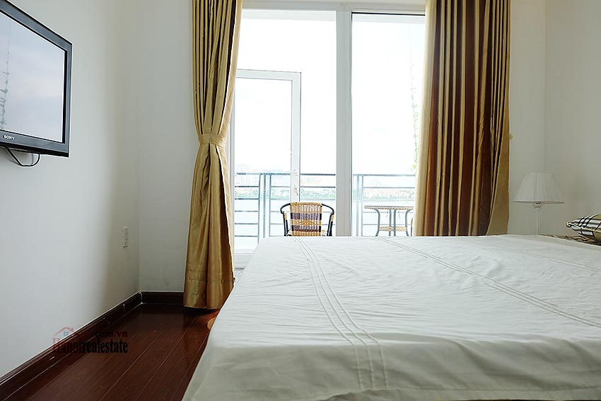 Stunning view 02BRs apartment at Nhat Chieu, with balcony 12