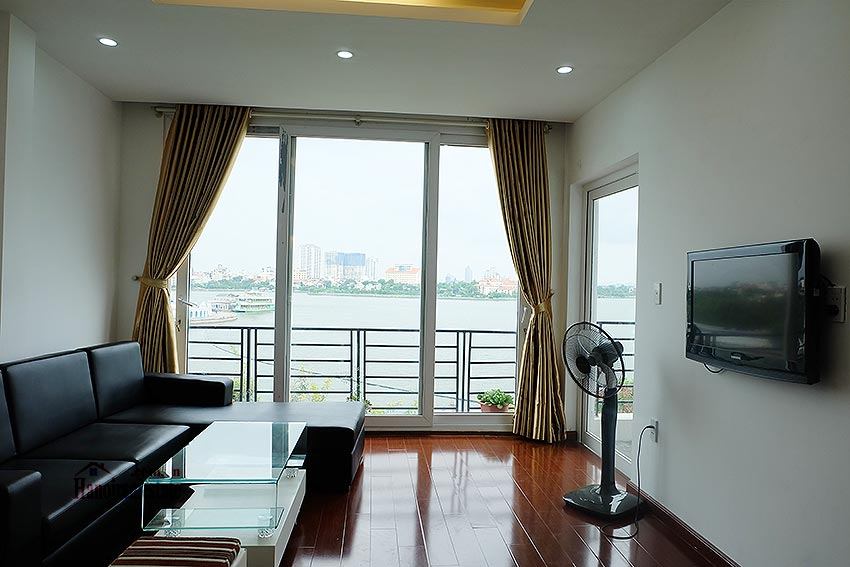 Stunning view 02BRs apartment at Nhat Chieu, with balcony 2