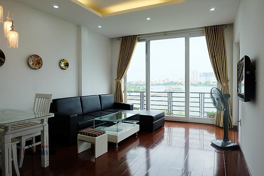 Stunning view 02BRs apartment at Nhat Chieu, with balcony 3