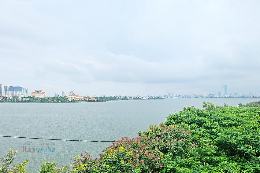 Stunning view 02BRs apartment at Nhat Chieu, with balcony 6
