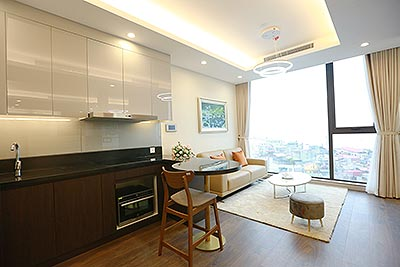 Sun Grand City: Lake view gorgeous 01BR apartment, balcony in the bedroom