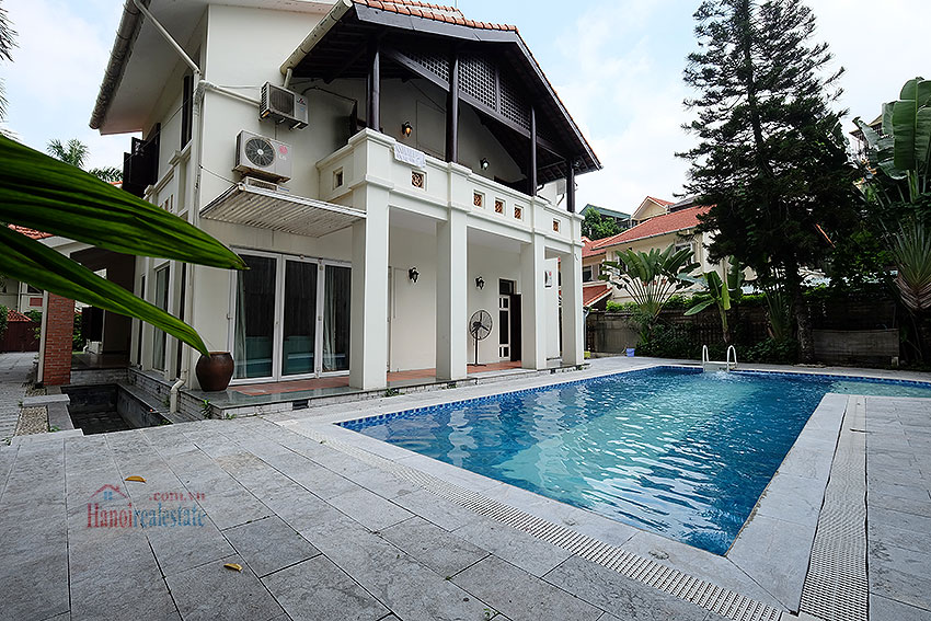 Swimming pool and garden 05BRs villa at Dang Thai Mai, unfurnished 6
