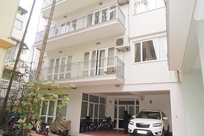 Swimming pool, modern 04BRs house for rent in Tay Ho, fully furnished