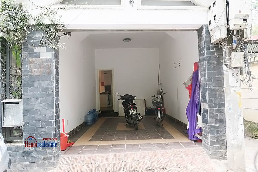 Tay Ho 03 bedroom house to rent, nice terrace and fully furnished 1