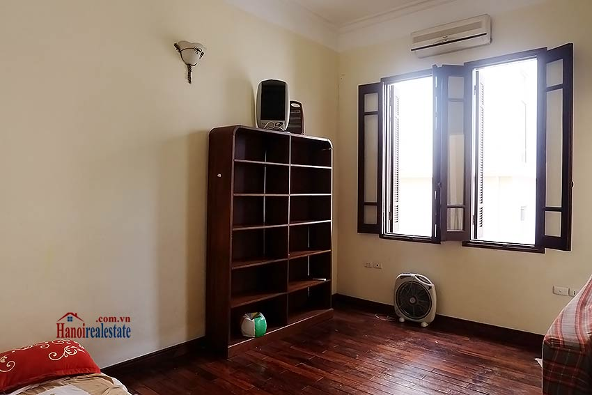 Tay Ho furnished house to let with 03 bedrooms and top floor terrace 13
