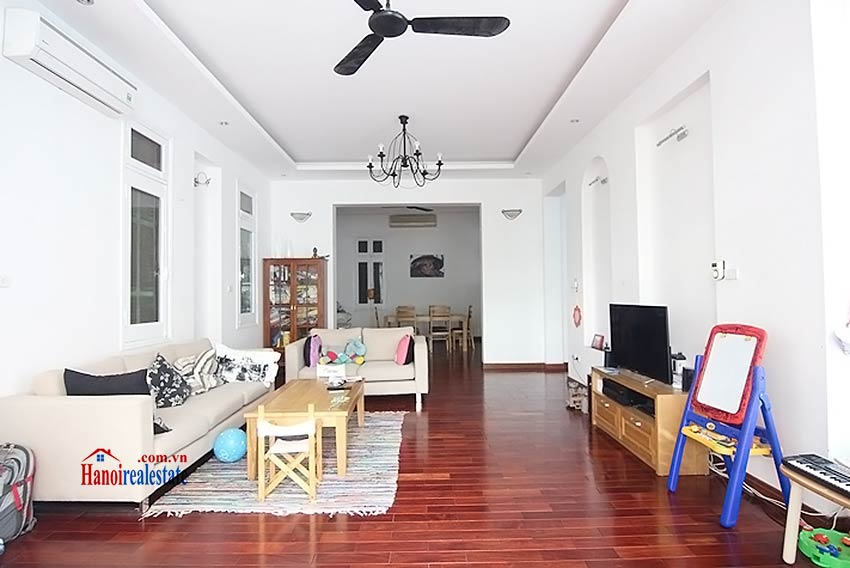 Tay Ho spacious courtyard & Swimming pool house to rent, fully furnished 4