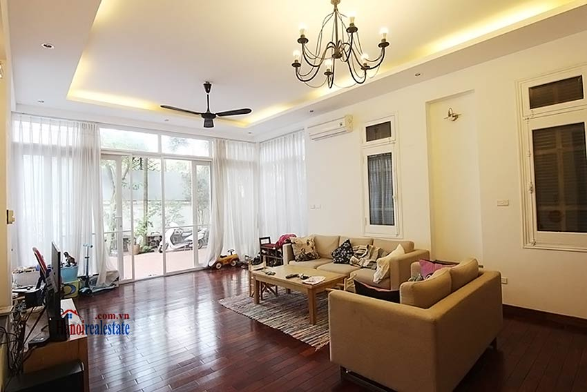 Tay Ho spacious courtyard & Swimming pool house to rent, fully furnished 6
