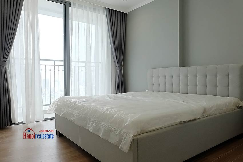 Times City Park Hill modern 3 bedroom apartment to let 11