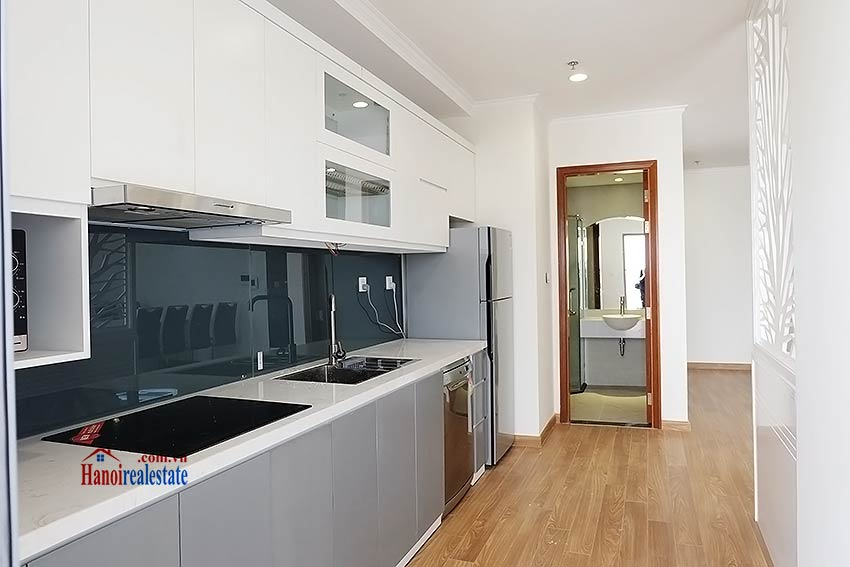 Times City Park Hill modern 3 bedroom apartment to let 14