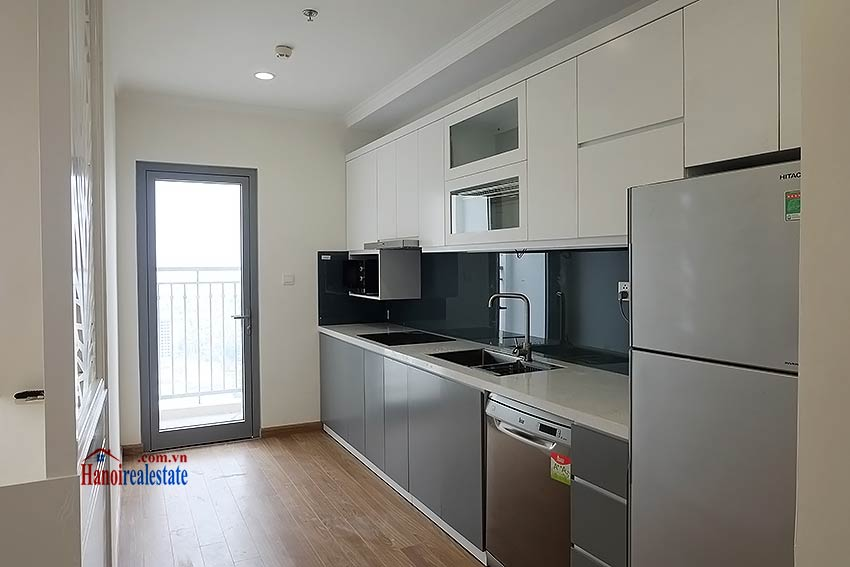 Times City Park Hill modern 3 bedroom apartment to let 15