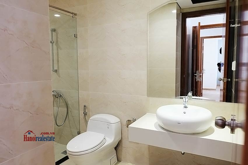 Times City Park Hill modern 3 bedroom apartment to let 17