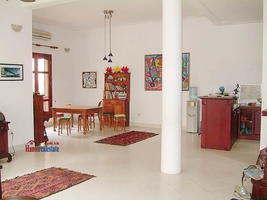 To Ngoc Van: Lovely 05BRs villa with swimming pool. Semi furnished 4