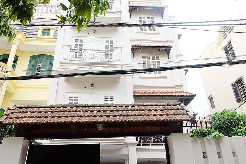 To Ngoc Van: Spacious 05BRs villa with swimming pool 1