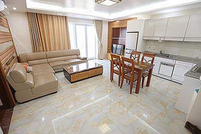 Top floor 02BRs apartment with Westlake view on To Ngoc Van