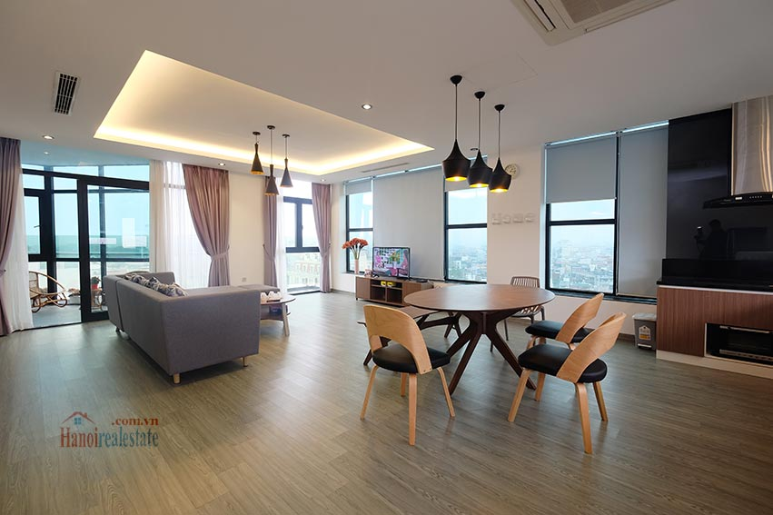 Top floor 2-bedroom apartment for rent in Hoan Kiem, Hanoi 1