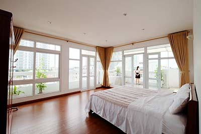 Top Floor Spacious Apartment in Westlake Tay Ho, 3 bedrooms, nice balcony