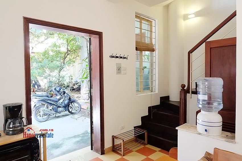 Top floor terrace 02BRs house to let in Hoan Kiem, short walk to French Embassy 3