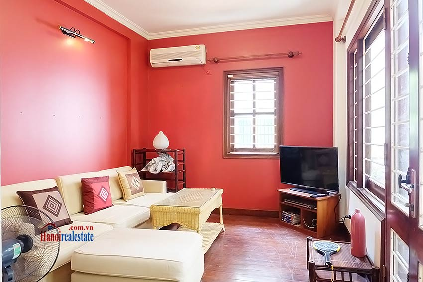 Top floor terrace 02BRs house to let in Hoan Kiem, short walk to French Embassy 4