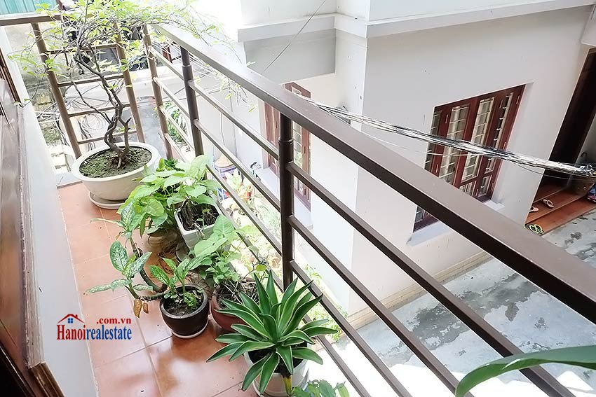 Top floor terrace 02BRs house to let in Hoan Kiem, short walk to French Embassy 6