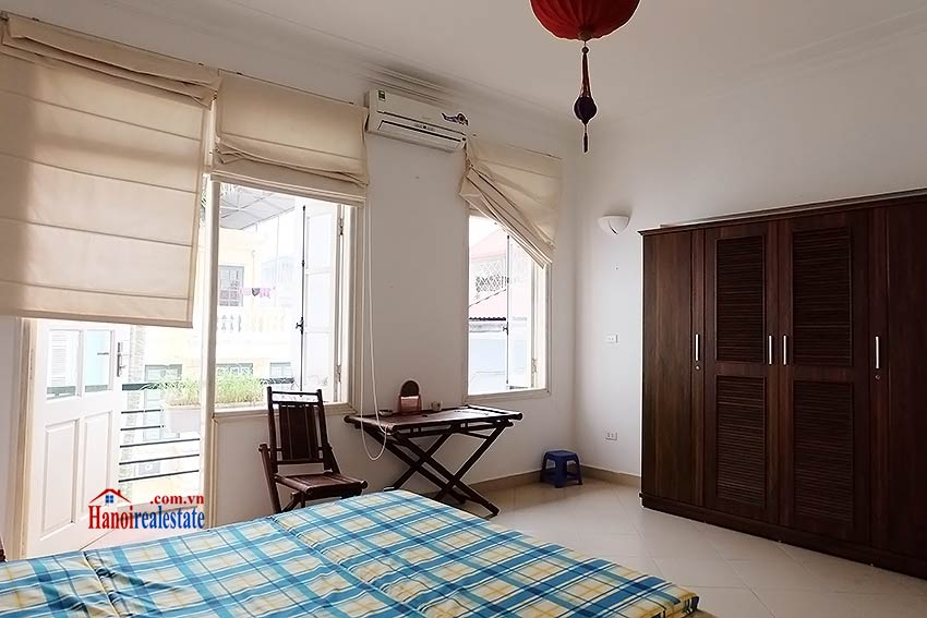 Top floor terrace 04 bedroom house to let in Tay Ho with fully furnished 13