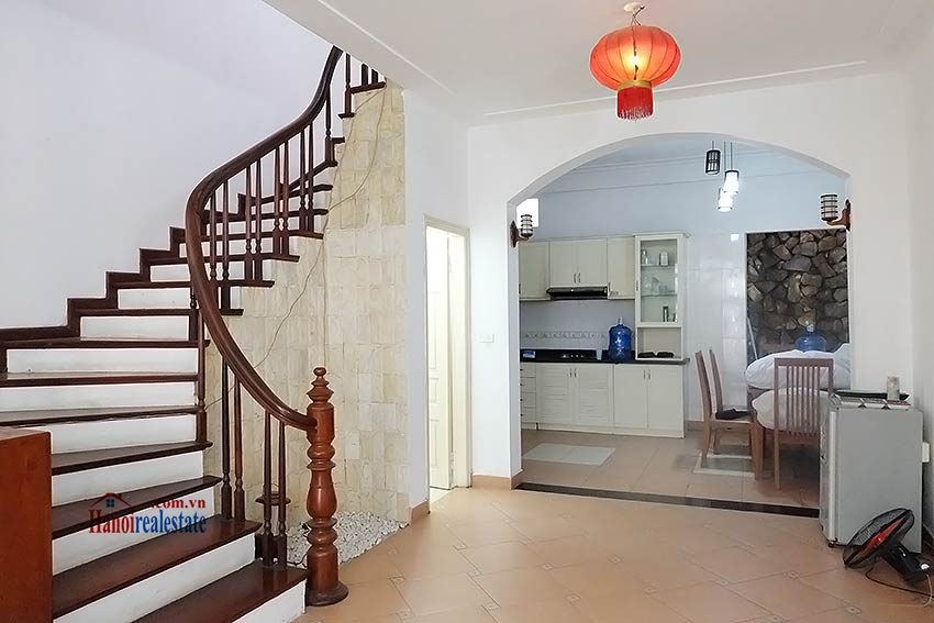 Top floor terrace 04 bedroom house to let in Tay Ho with fully furnished 5
