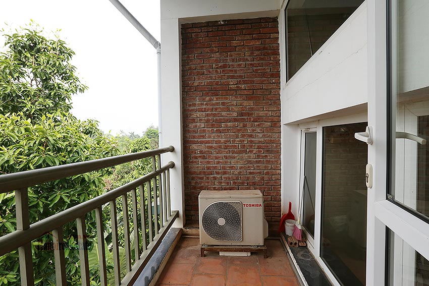 Top Floor Two Bedroom Apartment for rent in Dang Thai Mai, Tay Ho Hanoi 8