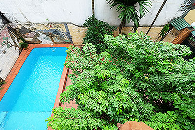 Unfurnished 4-bedroom house with swimming pool to rent on Au Co, Tay Ho