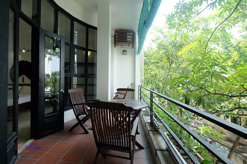 Unique duplex apartment with lake view and balcony in Truc Bach 12