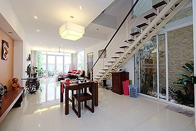 Unique modern 3-bedroom triplex apartment to rent in Hai Ba Trung, Hanoi