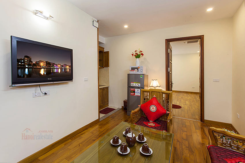 Vietnamese traditional style apartment with 2 bedrooms, spacious size 5