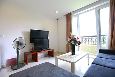 View greenery  02 bedroom apartment on Xuan Dieu Road, modern furniture, spacious window
