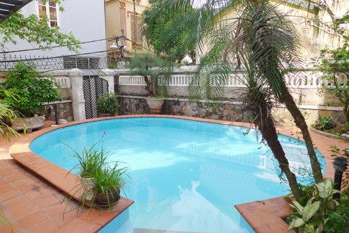 Villa for rent in Tay Ho with swimming pool