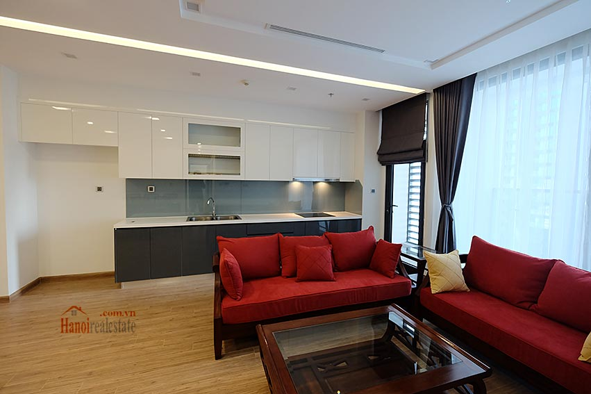 Vinhomes Metropolis: Amazing 03BRs apartment, balcony with city view 3