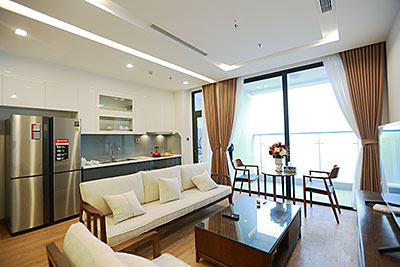 Vinhomes Metropolis: Lovely 03BRs apartment with Ngoc Khanh lake view at M1