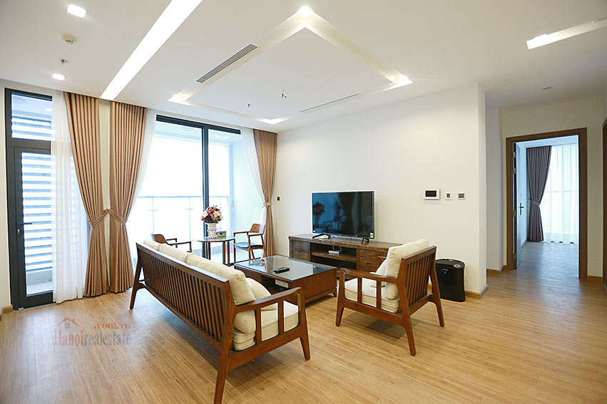 Vinhomes Metropolis: Lovely 03BRs apartment with Ngoc Khanh lake view at M1 1