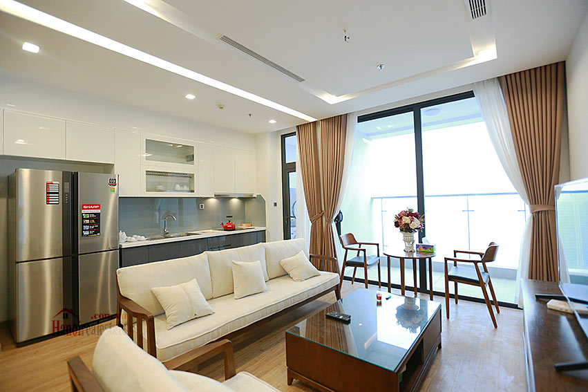 Vinhomes Metropolis: Lovely 03BRs apartment with Ngoc Khanh lake view at M1 3