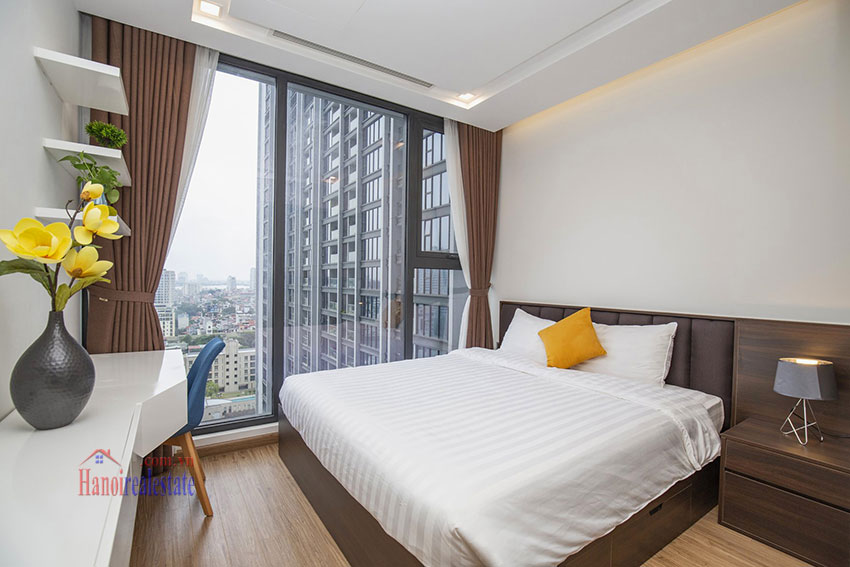 Vinhomes Metropolis One bedroom apartment in M2 Tower for rent 8