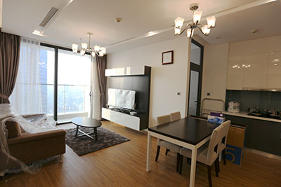 Vinhomes Metropolis: Stunning 02BRs serviced apartment on high floor, city view
