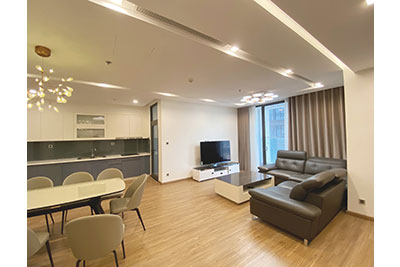 Vinhomes Metropolis: West lake view 03 bedroom apartment in M2 Tower for rent