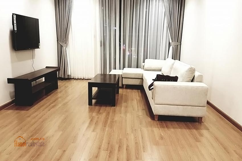 Vinhomes Nguyen Chi Thanh: Bright 03BRs apartment, city view 1
