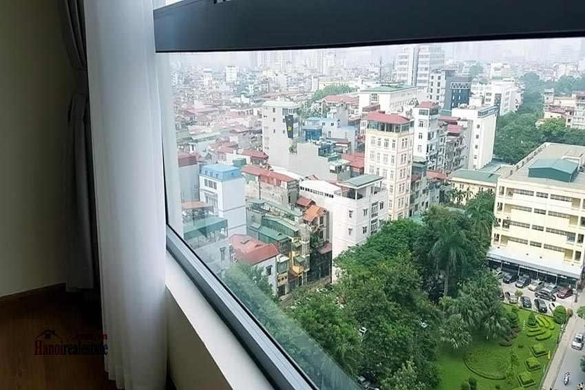 Vinhomes Nguyen Chi Thanh: Bright 03BRs apartment, city view 14